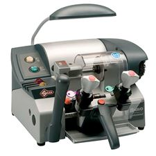 Picture of Silca BRAVO PRO II Semi-Automatic Cylinder Key Cutting Machine