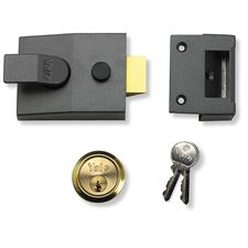 Picture of Yale 89 Deadlocking Nightlatch - Boxed